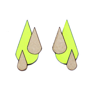 Let It Rain earrings | neon yellow/wood