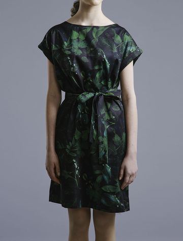 Green leaves dress with belt