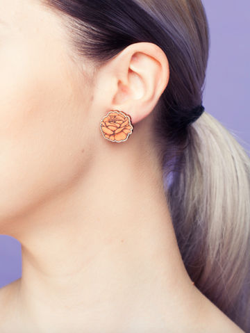 Rose stud earrings | coral peach