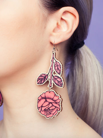 Rose Branch dangle earrings | rosy pink