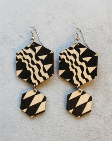 Geometric earrings | black/wood