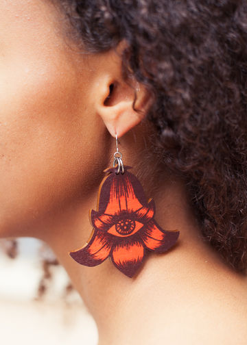 Flower Totem earrings single dangle | red wine/rust